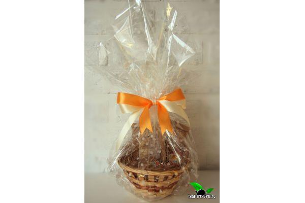 Пасхальный подарочный набор из чая и шоколадных яиц