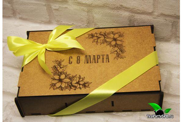 """Подарочный набор в деревянной коробочке к 8 марта """"Три вкуса"""""""