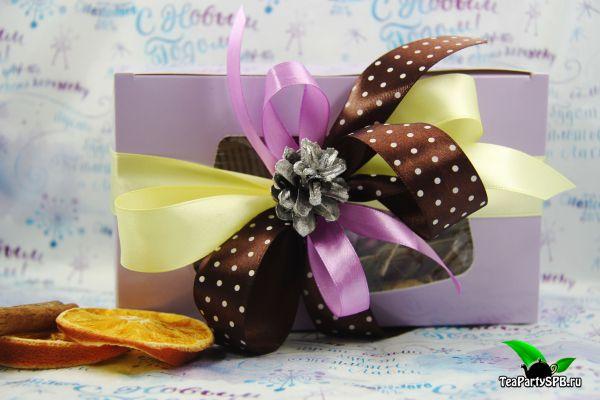 """Подарочный набор с чаем и сладостями - """"Чудесного настроения"""""""